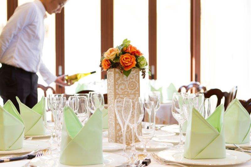 結婚式場の種類(ホテル・ゲストハウス・専門式場)における違いとは3