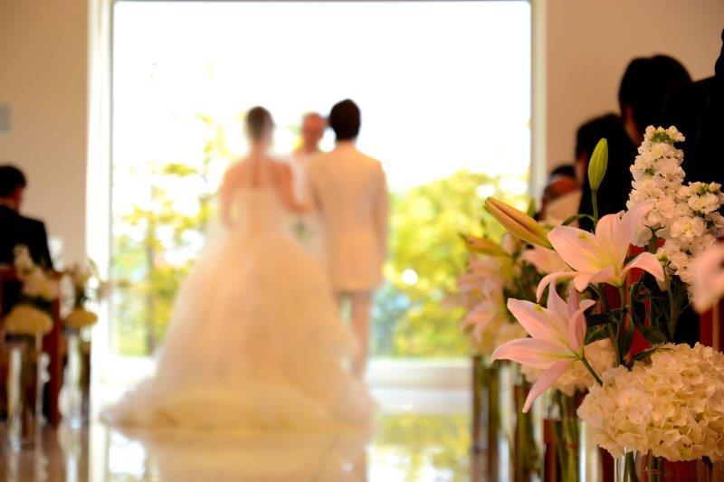 結婚式の「人前式」と「教会式」の違いとは?2
