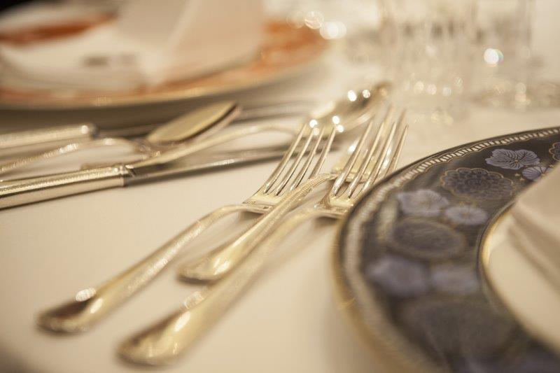 結婚式でのマナー(受付・食事)1