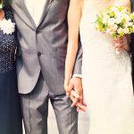 結婚式で失敗しない!両親の服装を選ぶときの注意とは