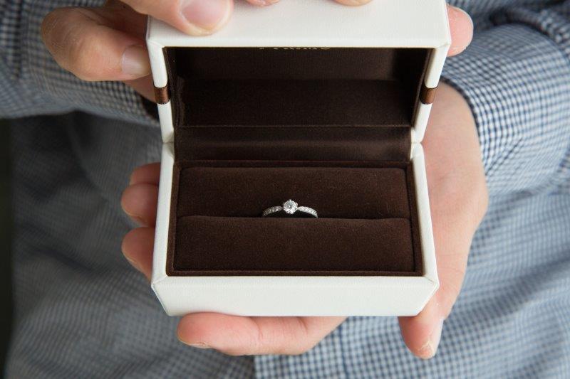 婚約から入籍・結婚式までの期間はみんなどのぐらい?1