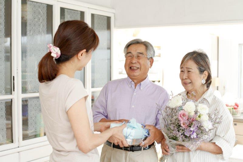 結婚の挨拶には手土産は必要?おすすめの手土産5選3