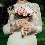 50代女性のウェディングドレスの選び方4つのポイント