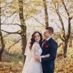 秋の結婚式にオススメ!新郎新婦の雰囲気に合わせたテーマ演出【3選】