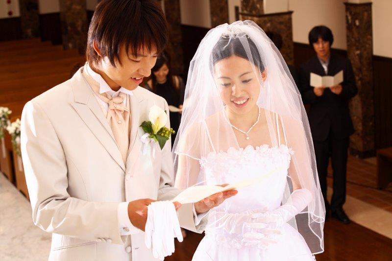 結婚式を教会で行う(チャペルディング)場合の費用の目安について3
