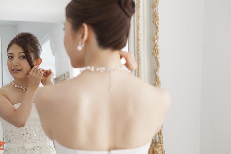 結婚式の花嫁メイクに失敗しないために準備しておくこととは3