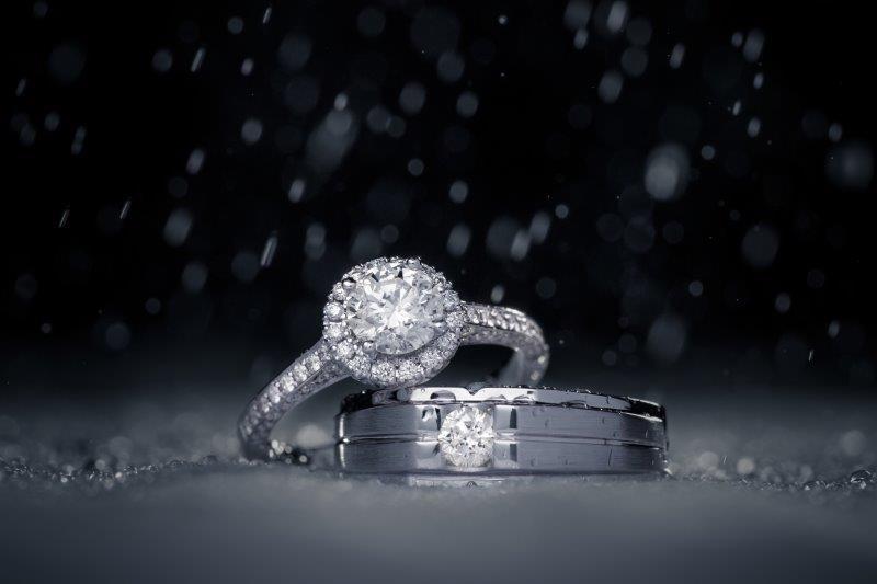 婚約指輪と結婚指輪は違うブランドで選んでも良いのか3