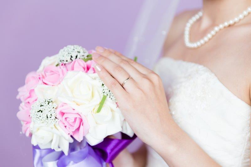 婚約指輪と結婚指輪は一緒(同時)に買う?彼氏と一緒に選ぶもの?3