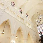厳かな雰囲気にぴったり!教会での挙式におすすめの曲【5選】