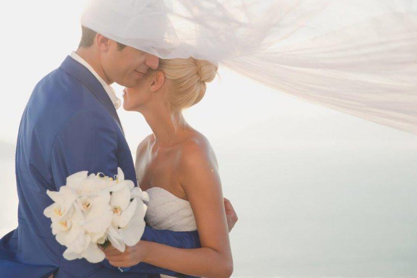 でき婚の結婚式事情 挙式の時期や費用の目安とはtop