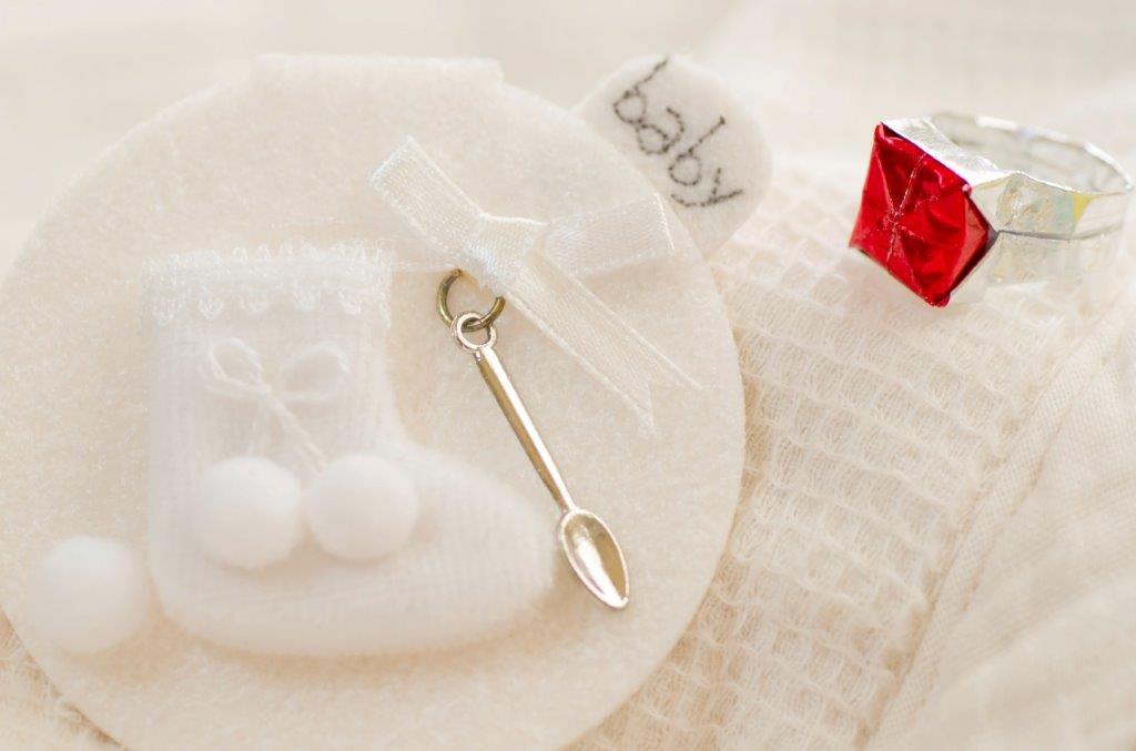 授かり婚のお祝いの相場やおすすめのプレゼントは?3