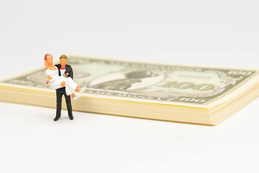 <結婚式>1.5次会とは?流れや費用、おすすめのサービスを紹介!_3