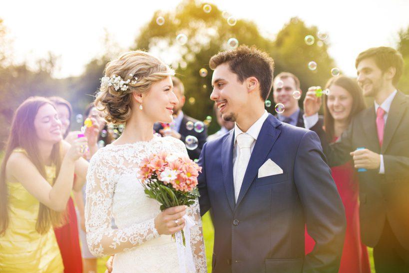 家族だけで行う小さな結婚式♪家族挙式の流れや費用、プランとは_1